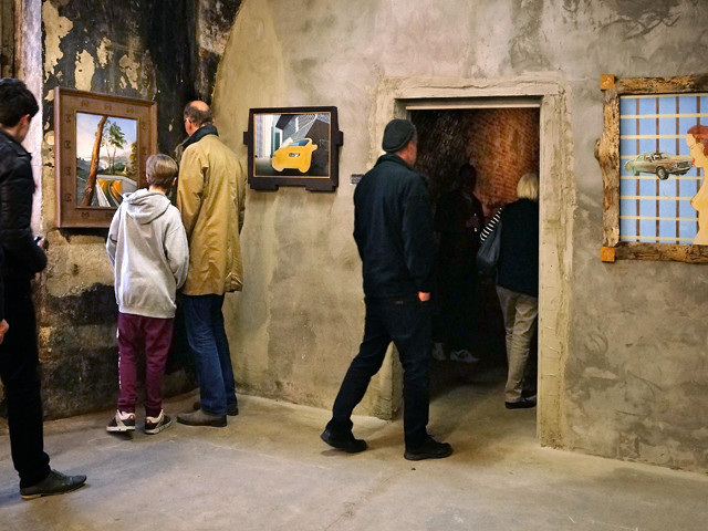 KunstStation Slider_Besucher Weid